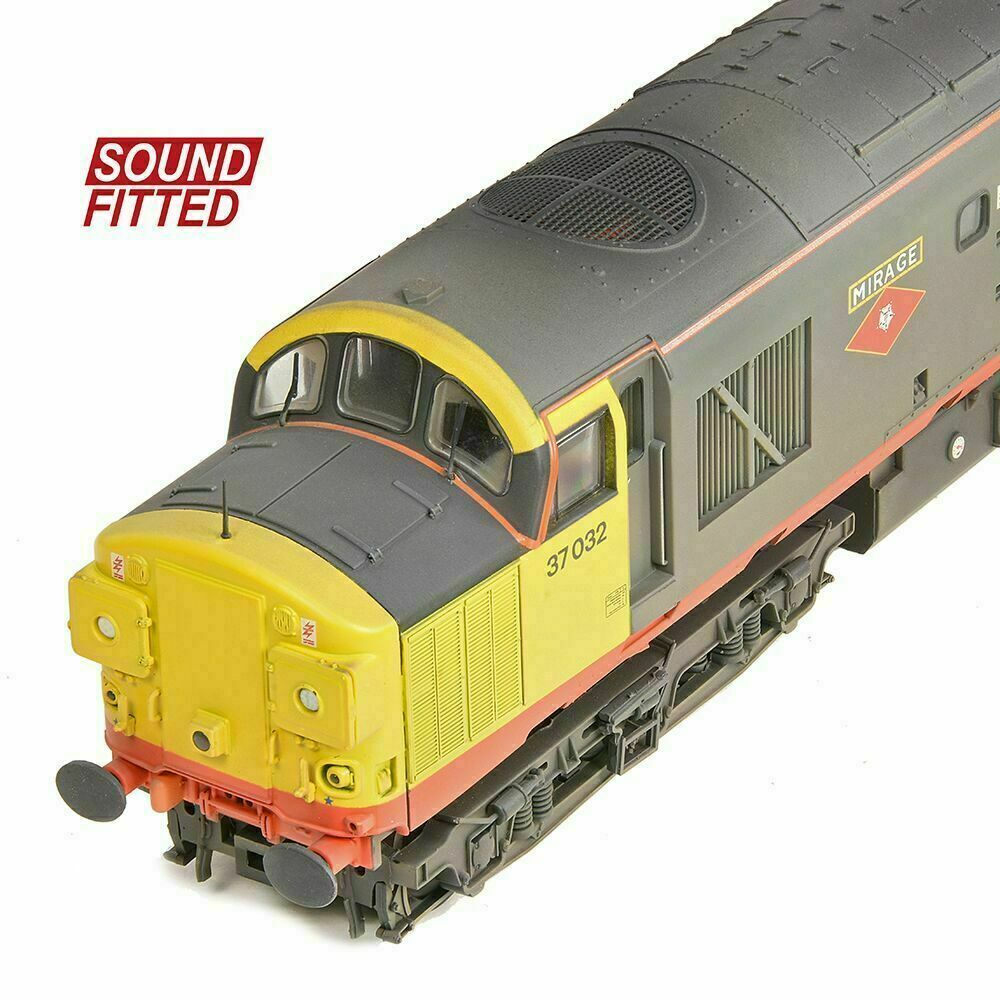 "Weathered Red Stripe Railfreight with Sound Bachmann 32-775SDDS 37032 /""Mirage/"""